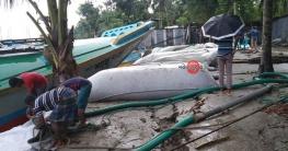 নদী ভাঙ্গন প্রতিরোধে তৎপর শরীয়তপুরের পানি উন্নয়ন বোর্ড