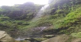 রাঙামাটির গভীরে বেড়িয়ে এলো নতুন আরেকটি ঝর্ণা